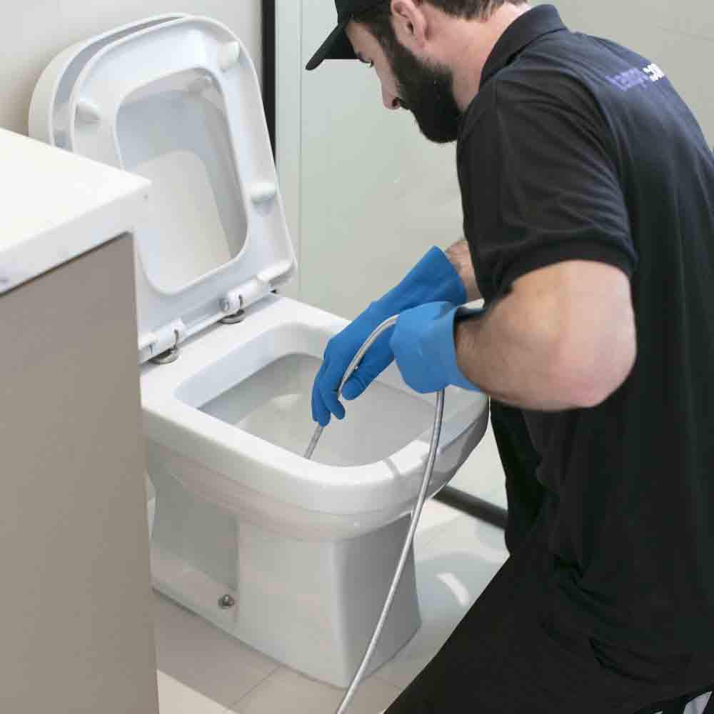 Serviço de desentupimento de vaso sanitário